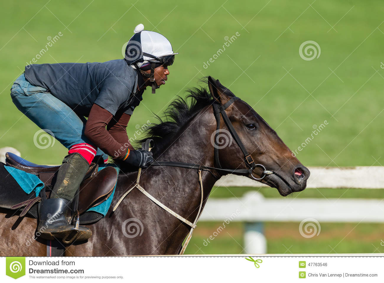 how to become a racehorse trainer