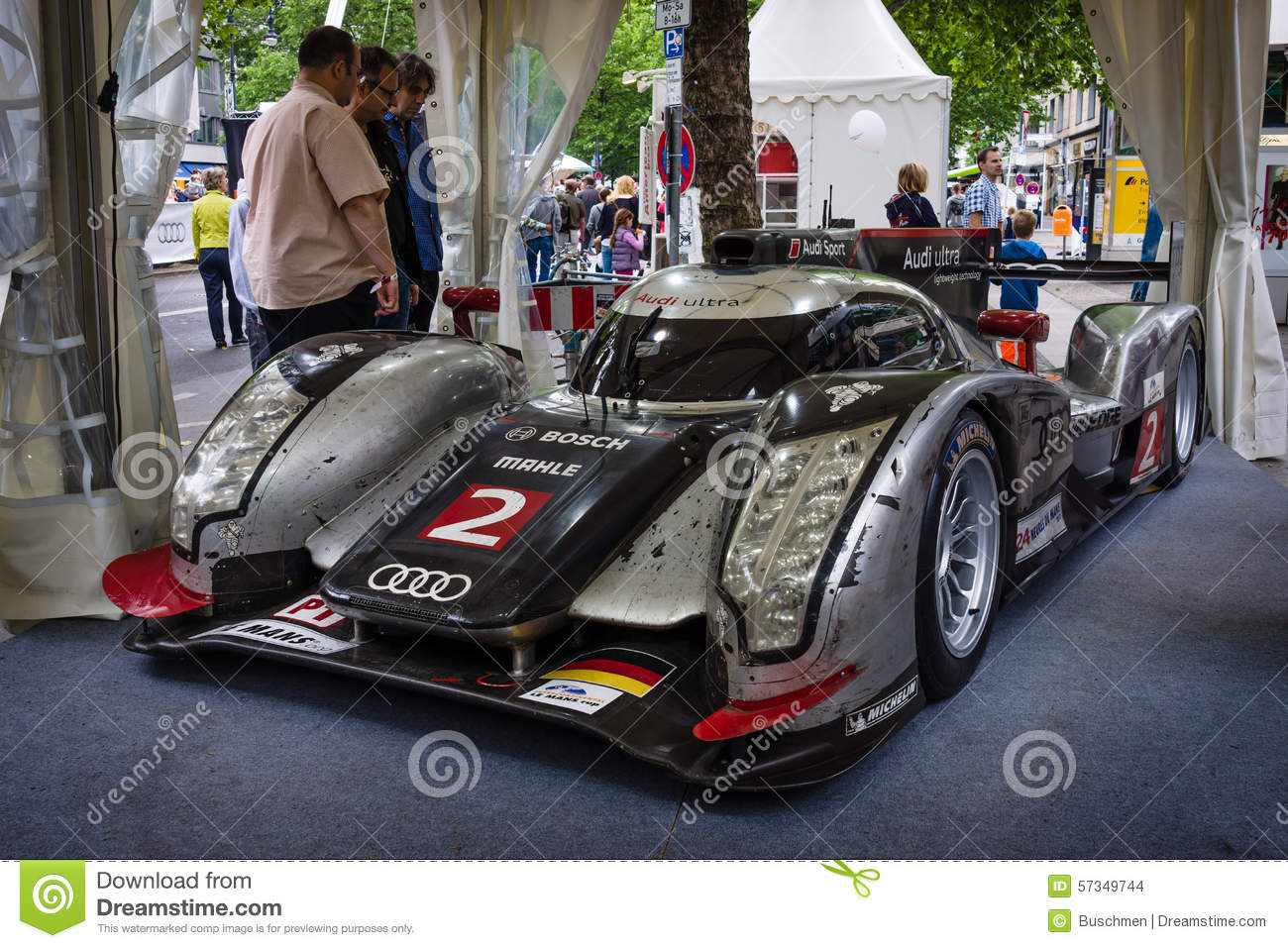 Racing car le mans prototype lmp audi r18 tdi ultra for Stock car a couture 2015