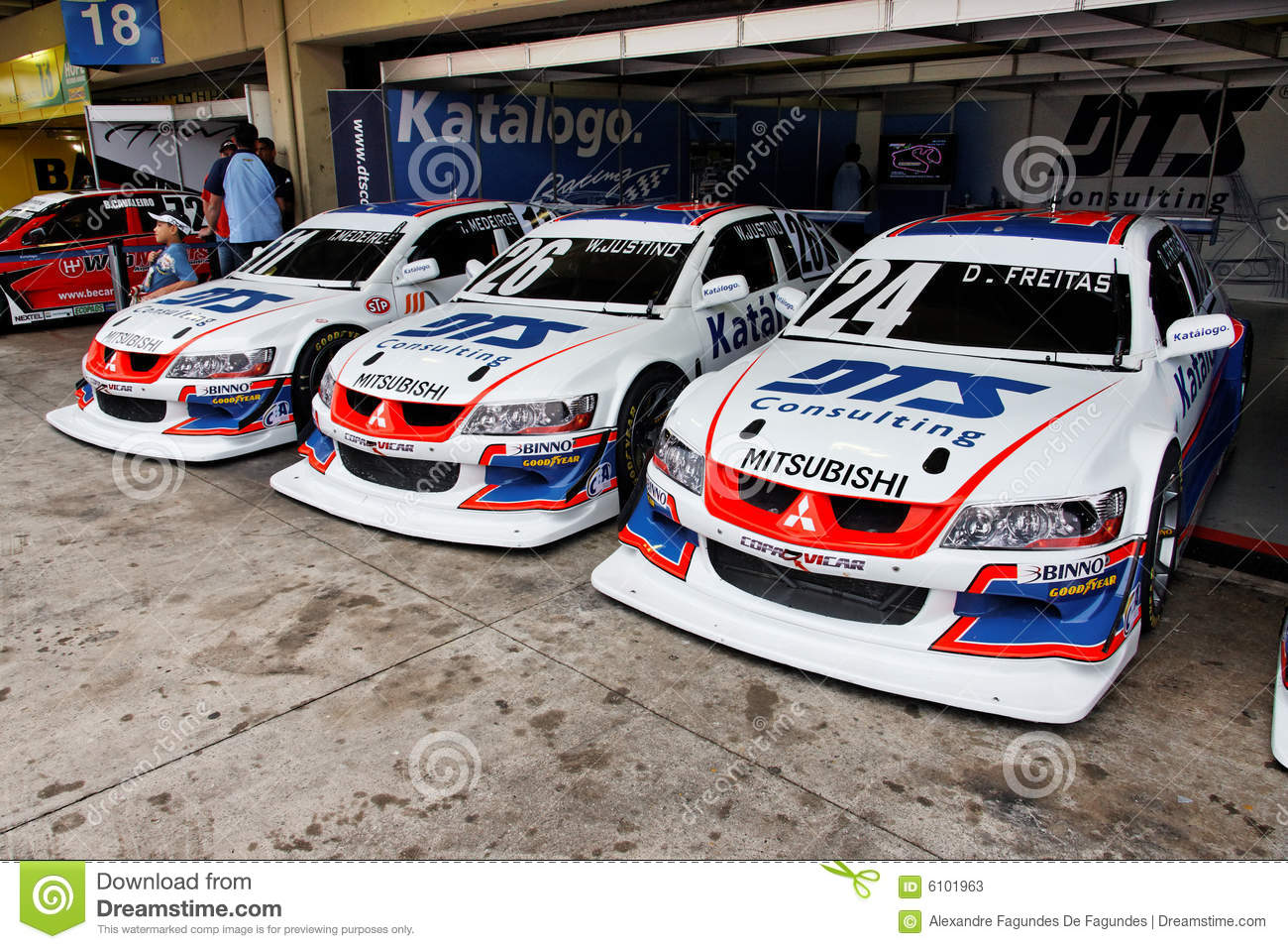 Circuit Interlagos : Racing stock cars interlagos brazil editorial stock photo image of