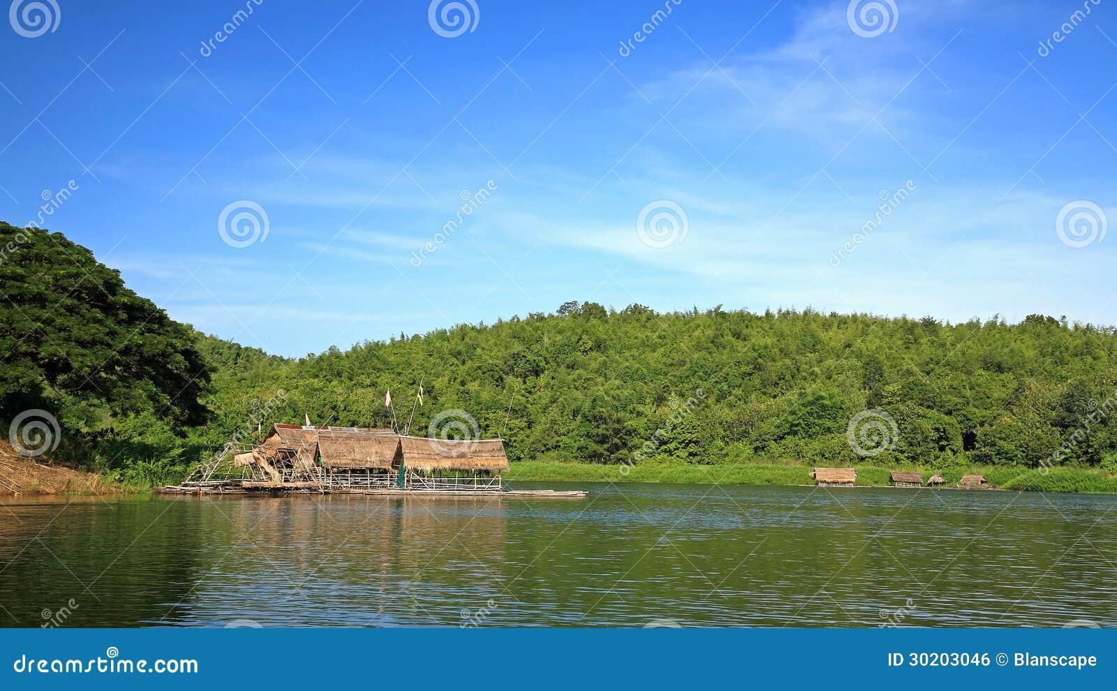 Radeaux en bambou flottant sur le lac tha lande image - Tout sur le bambou ...