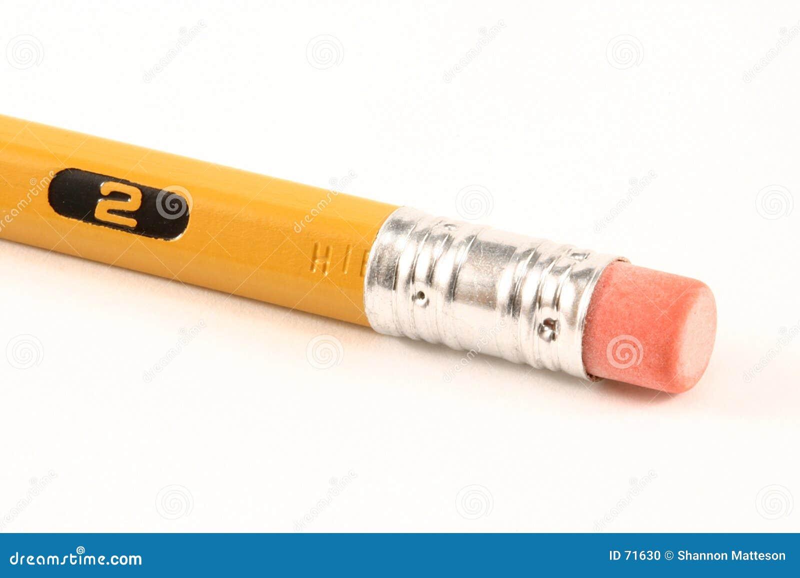 Radergummimakroblyertspenna
