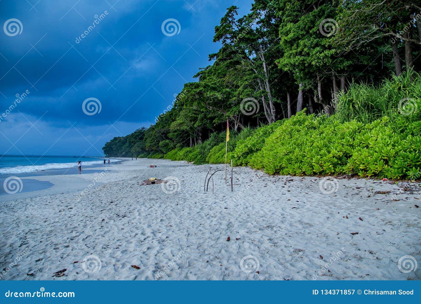 Radhanagar最干净的海滩
