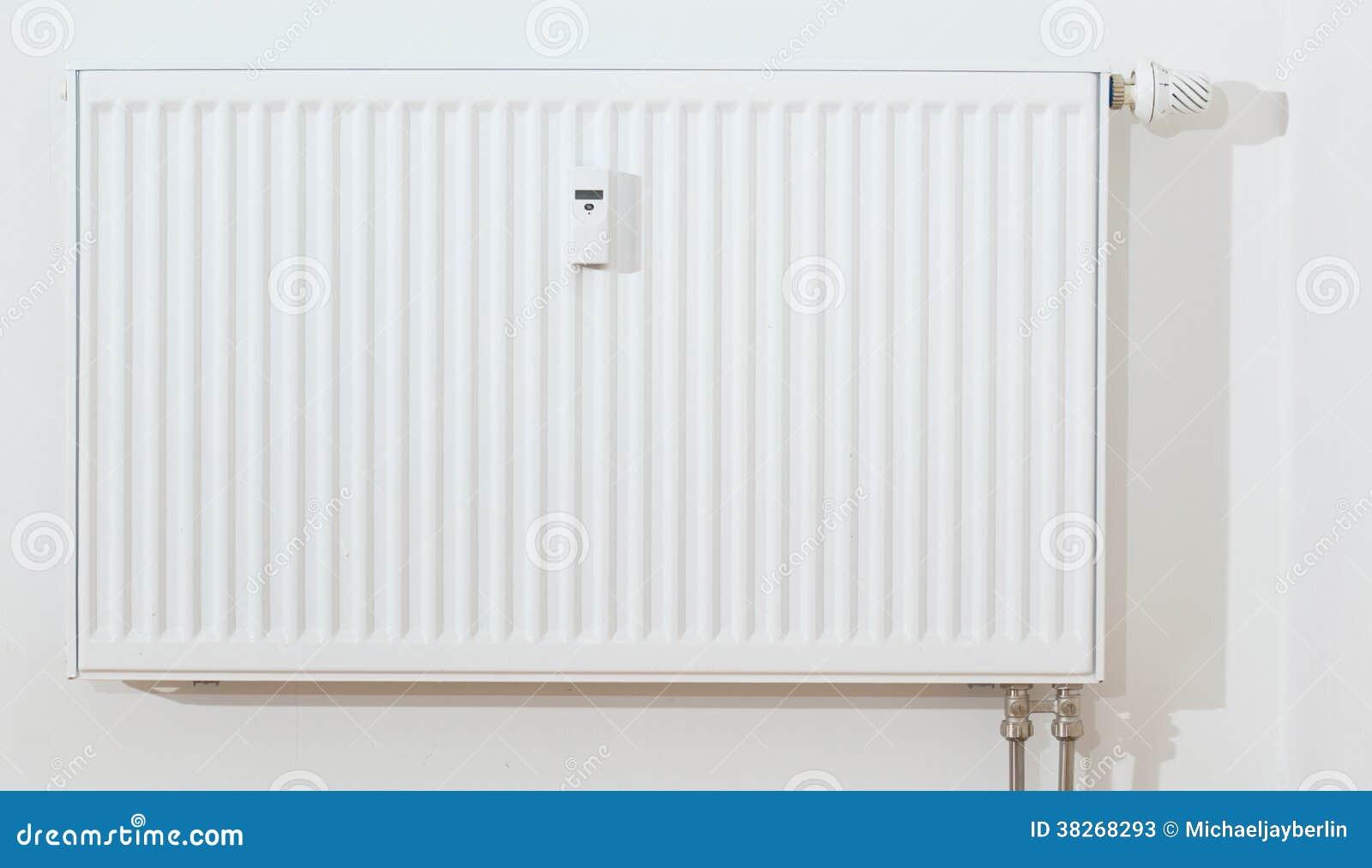 radiateur blanc moderne image stock image du objets. Black Bedroom Furniture Sets. Home Design Ideas