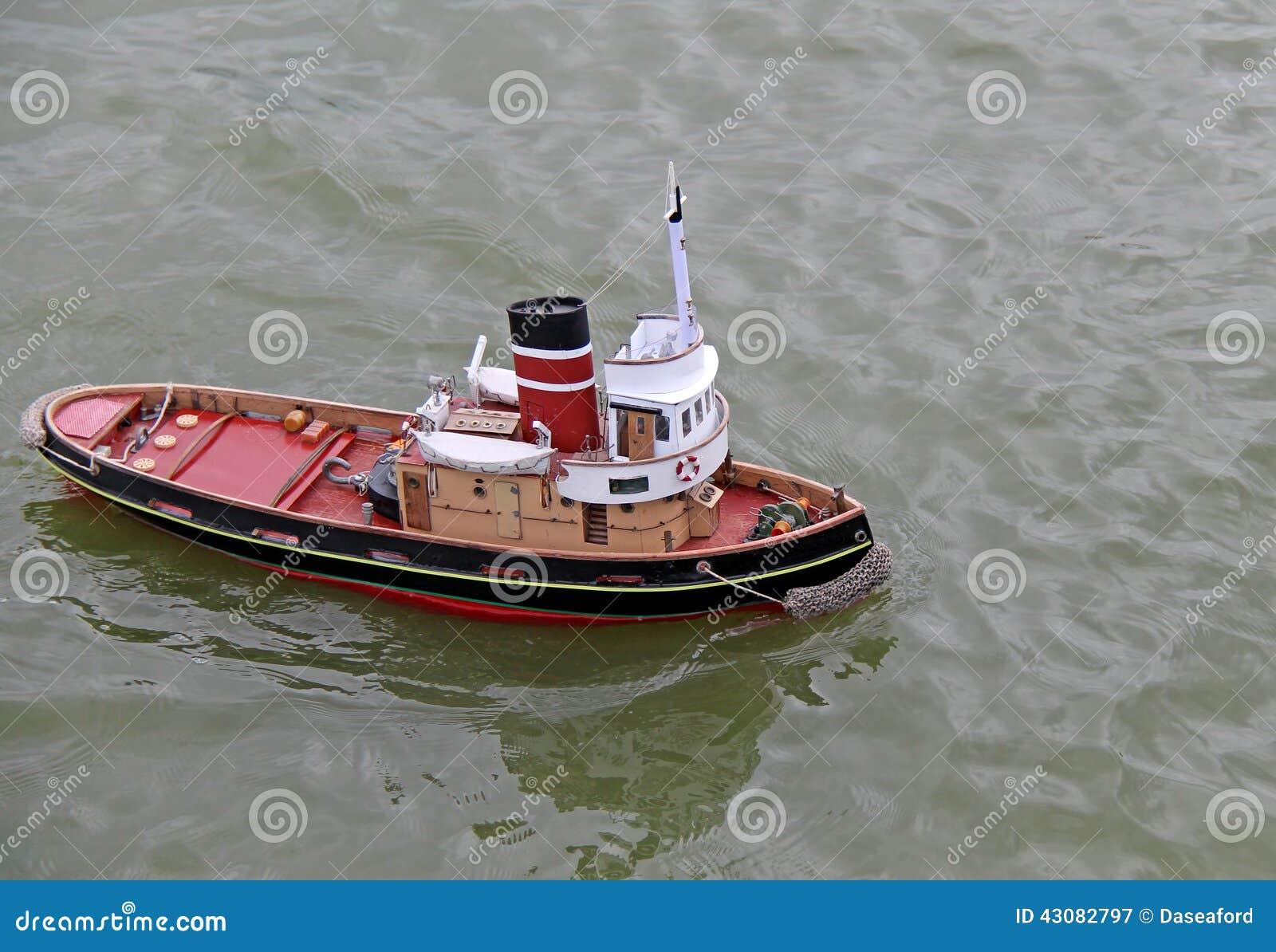 Radio controlled model yacht kits