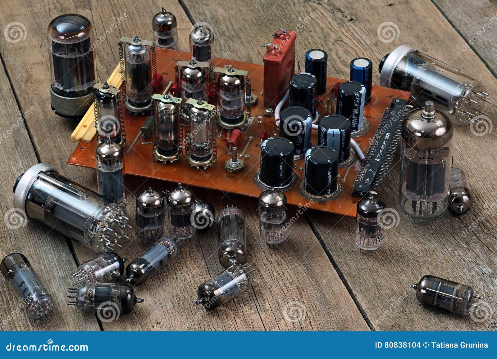 Radiolampen en transistors