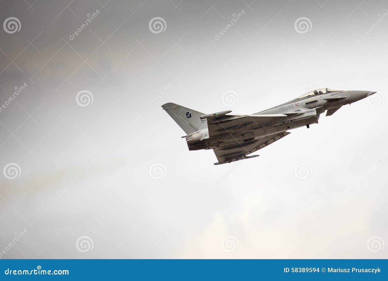 RADOM, POLÔNIA - 23 DE AGOSTO: EFA-2000 italiano Eurofighter Typhoon