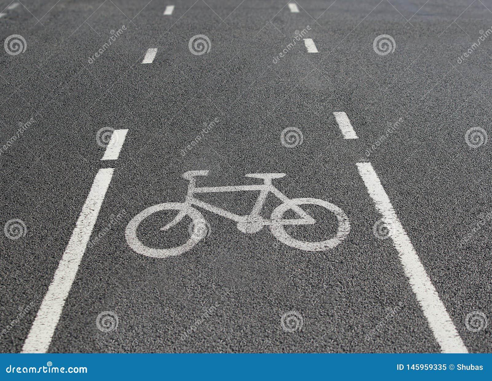Radweg Verkehrsschild Fahrrad auf Stra?e Fahren Sie Pfad rad