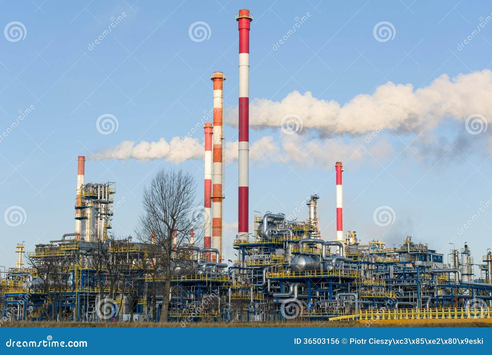 Raffinerie dans le nord de la Pologne