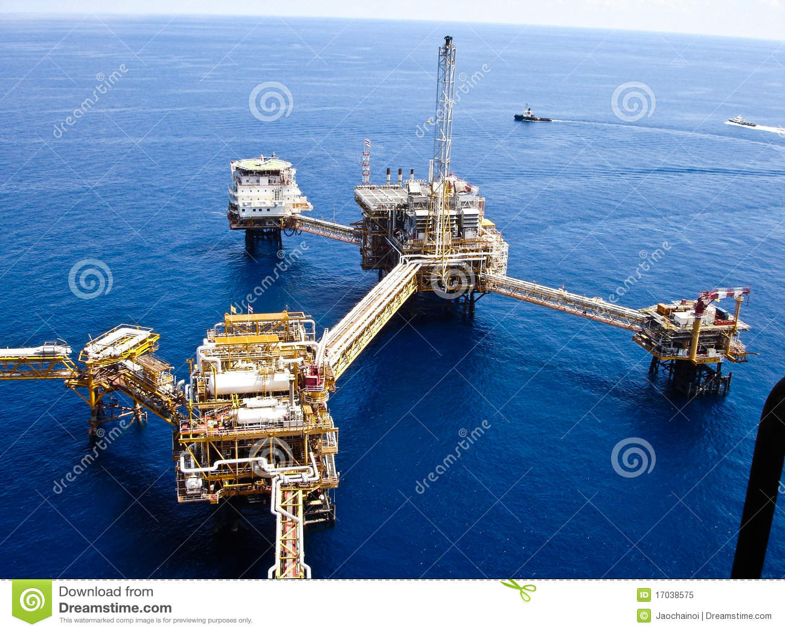 Raffinerie de pétrole extraterritorial d installations