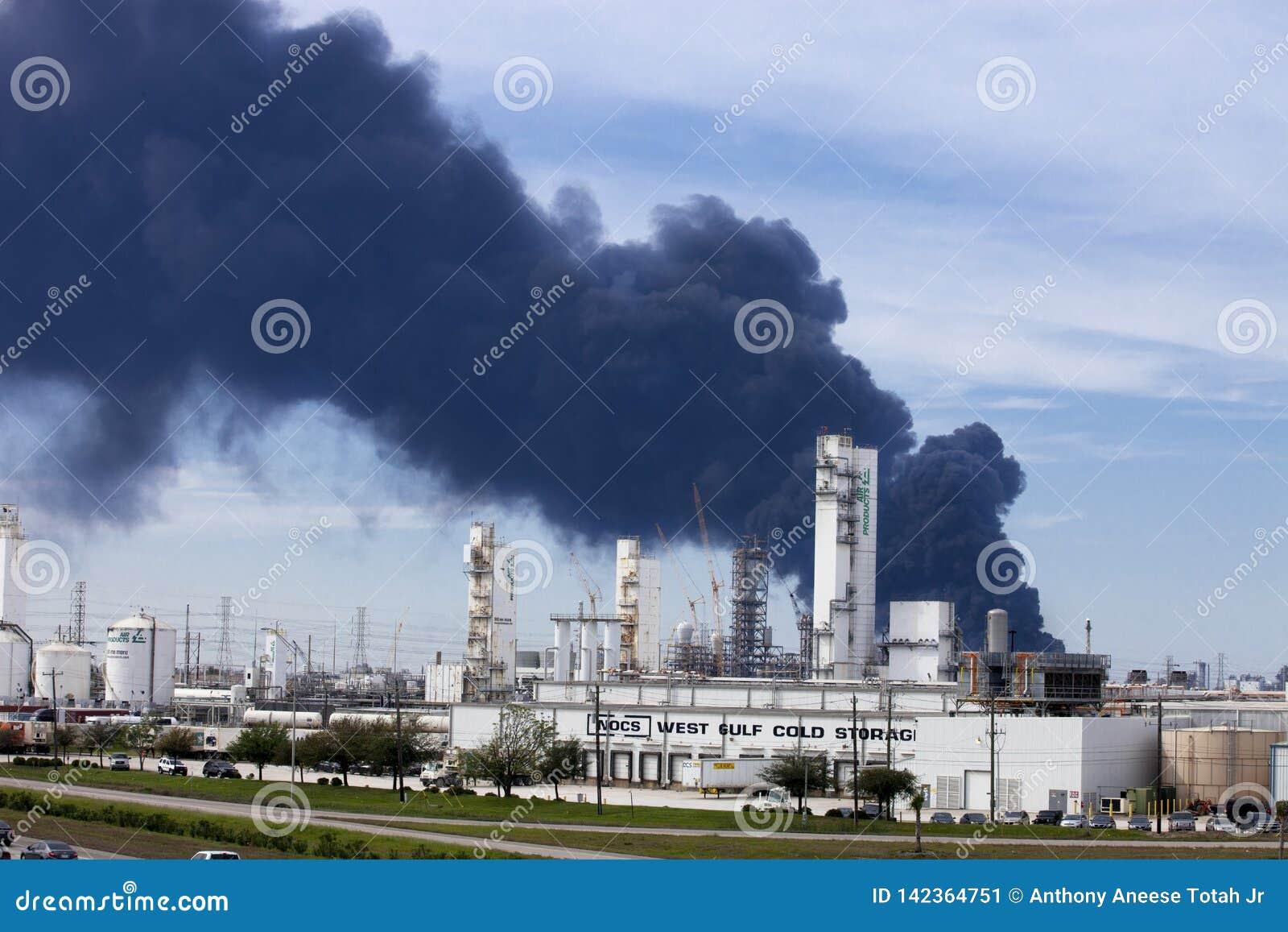 Raffinerie-Feuer in Houston Texas