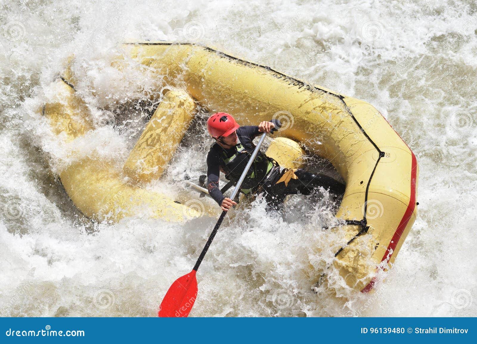 Rafting i det vita vattnet