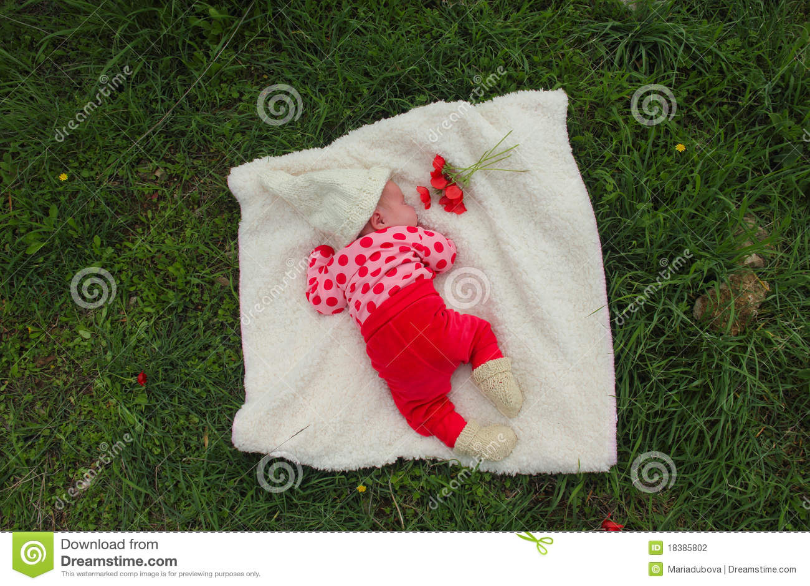 Ragazza appena nata