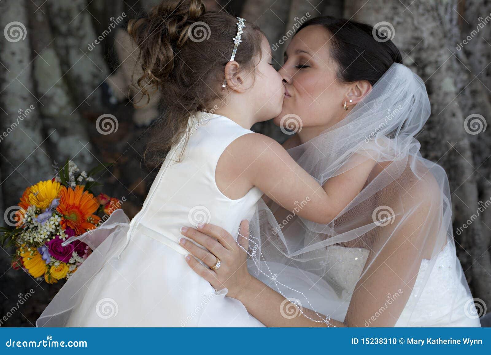 Ragazza di fiore e della sposa