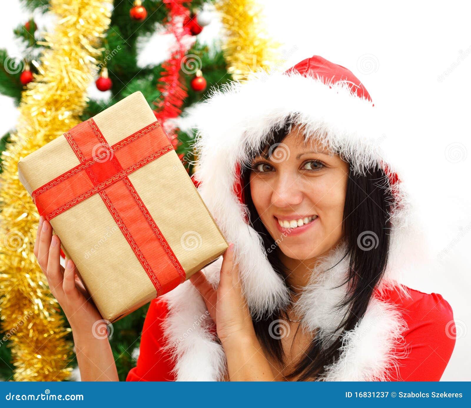 Ragazza di natale con il regalo