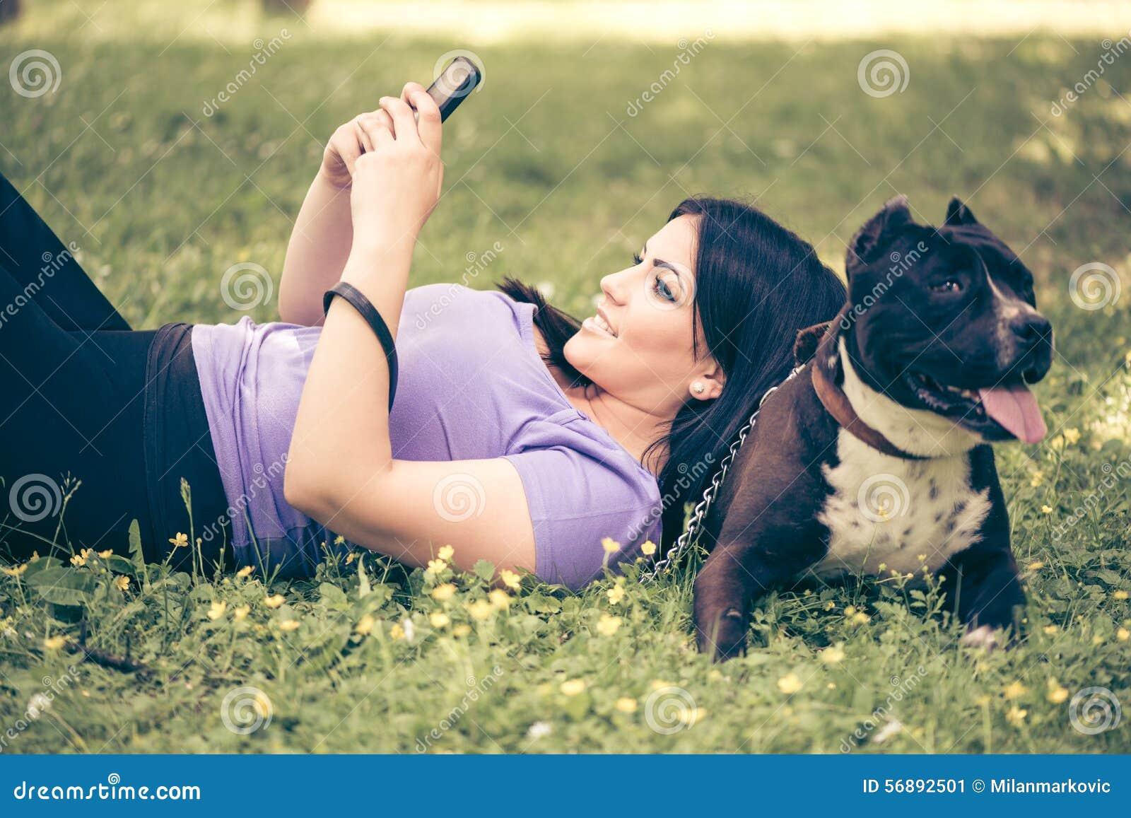 Ragazza e cane