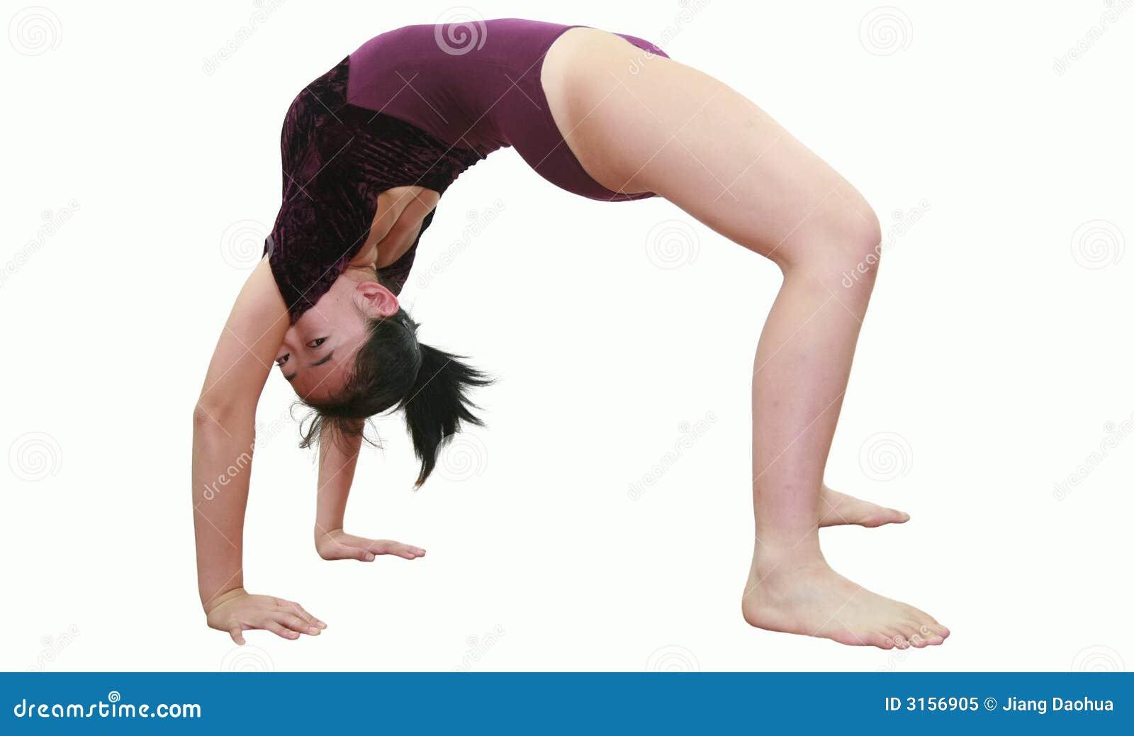 Ragazza nelle pose di ginnastica