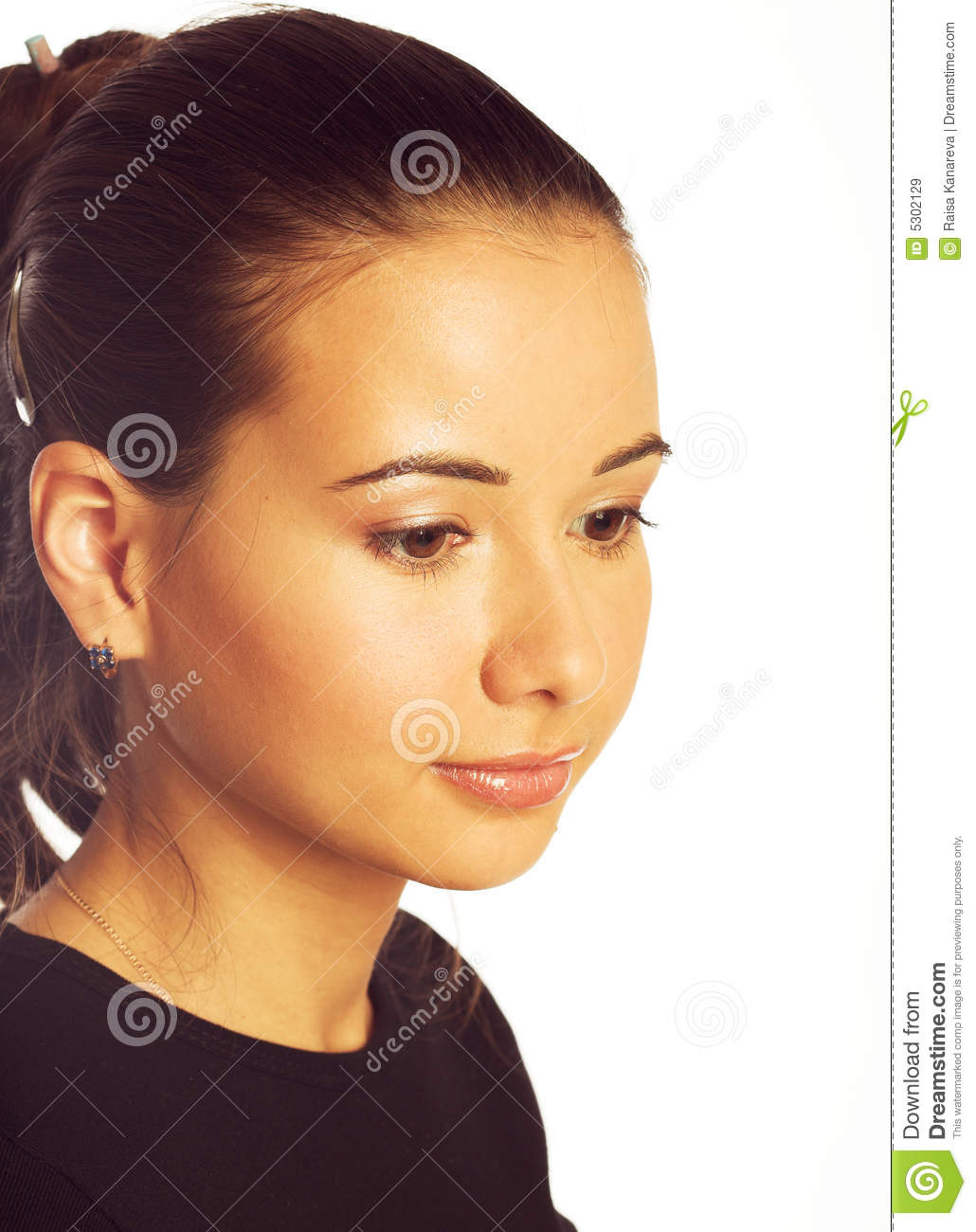 Download Ragazza Pensive immagine stock. Immagine di hairstyle - 5302129