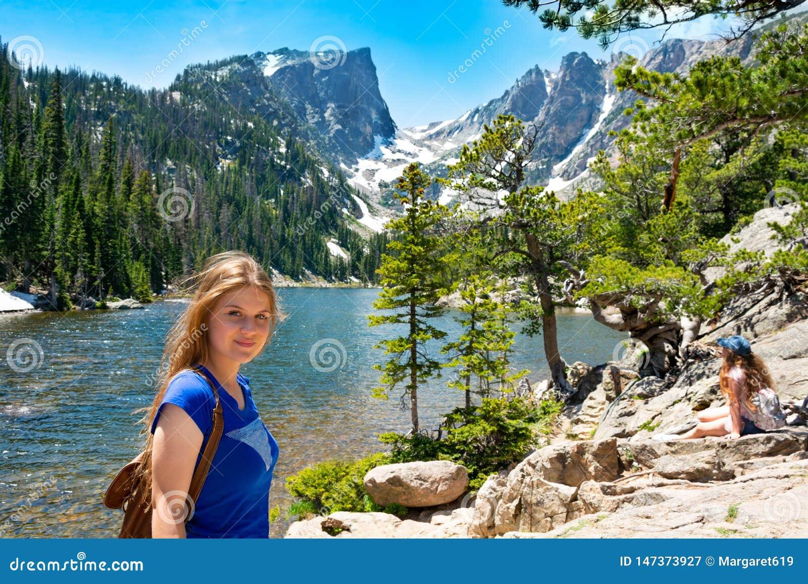 Ragazza sulle vacanze estive in Colorado