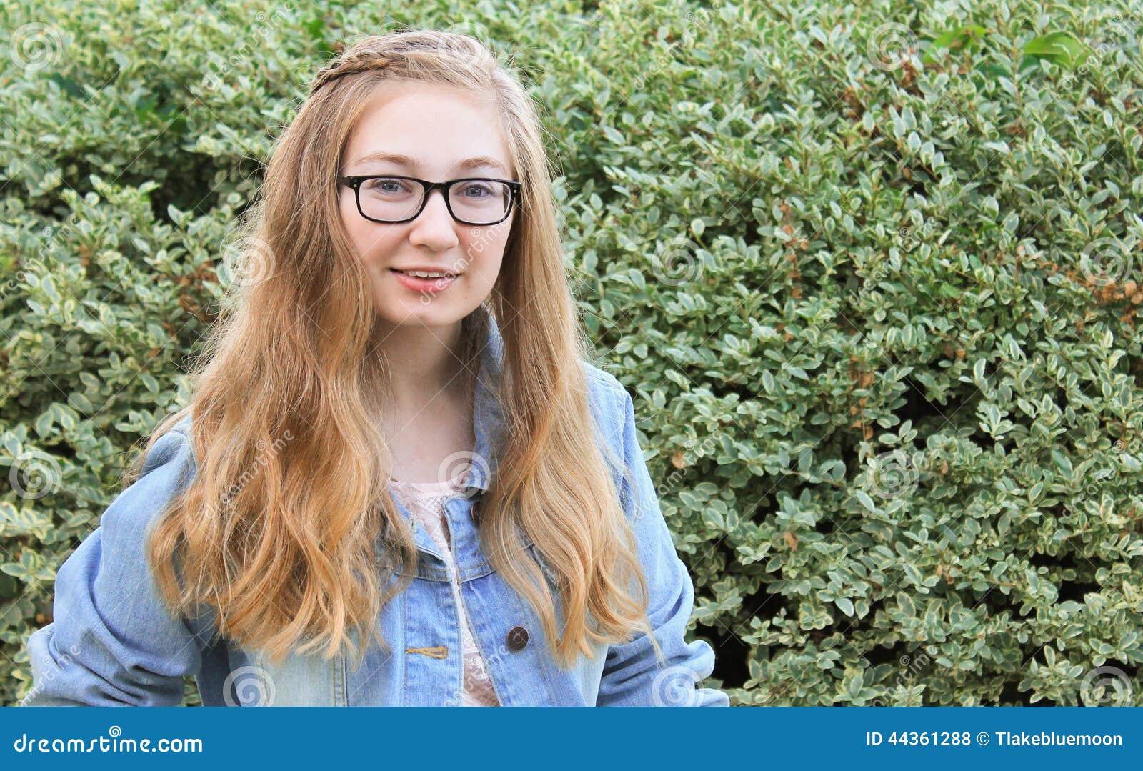 Ragazza teenager con stile