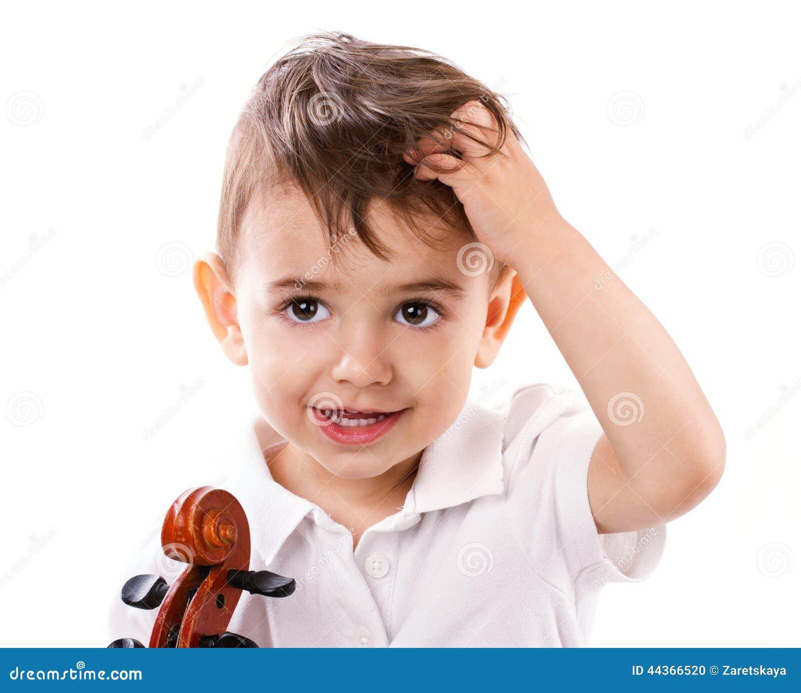 Ragazzino con il violino