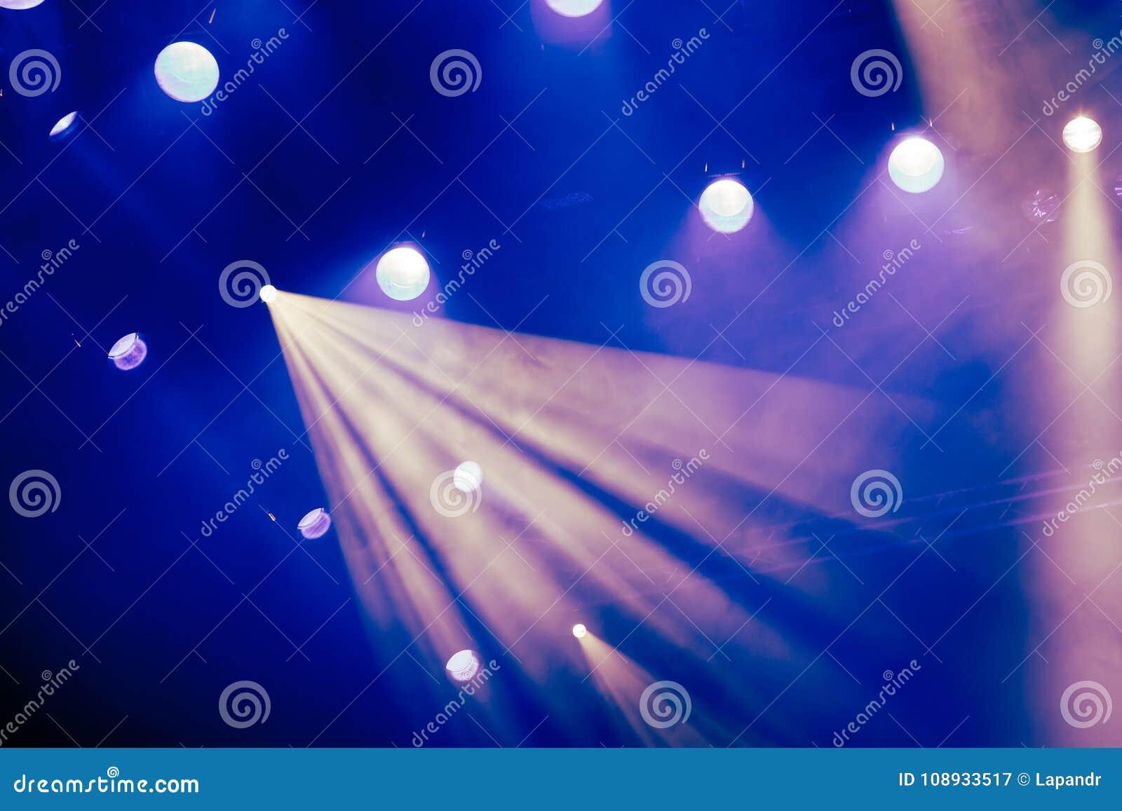 Natale a palermo ecco l illuminazione del teatro massimo foto