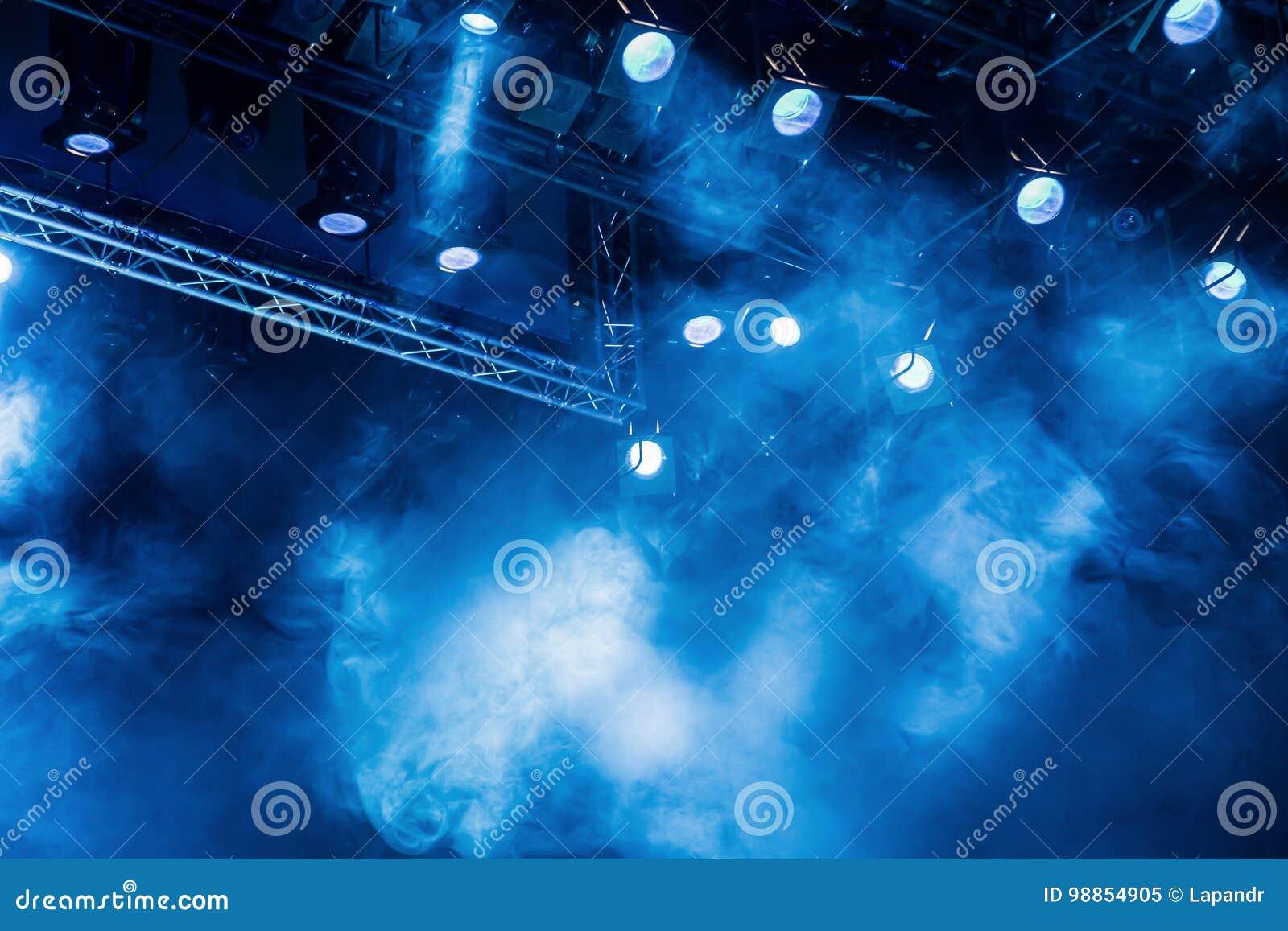 Spotlight illuminazione professionale per spettacolo