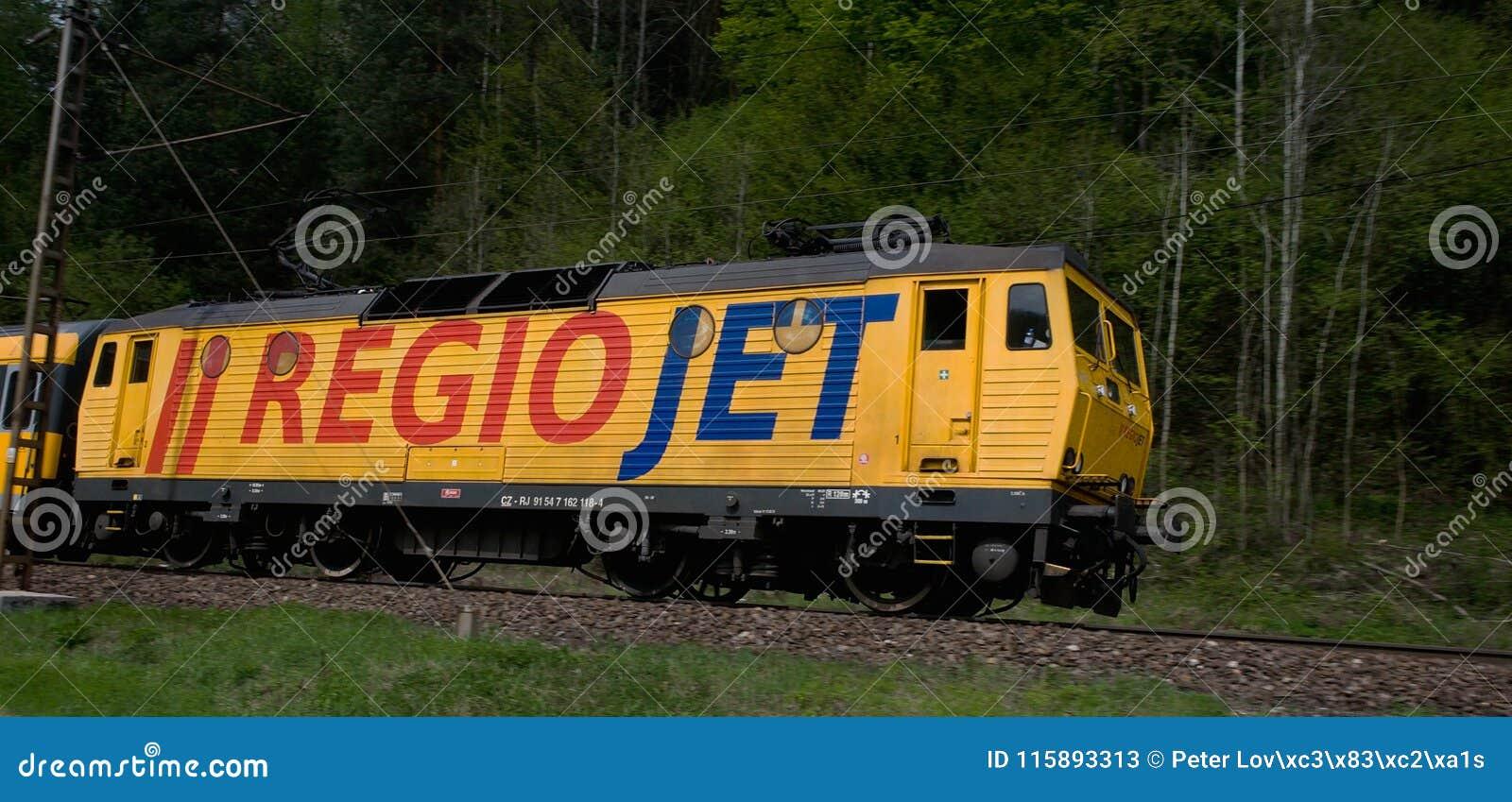 Rail den fastställda bäraren RegioJet som heading till Ä-½ubochňaen