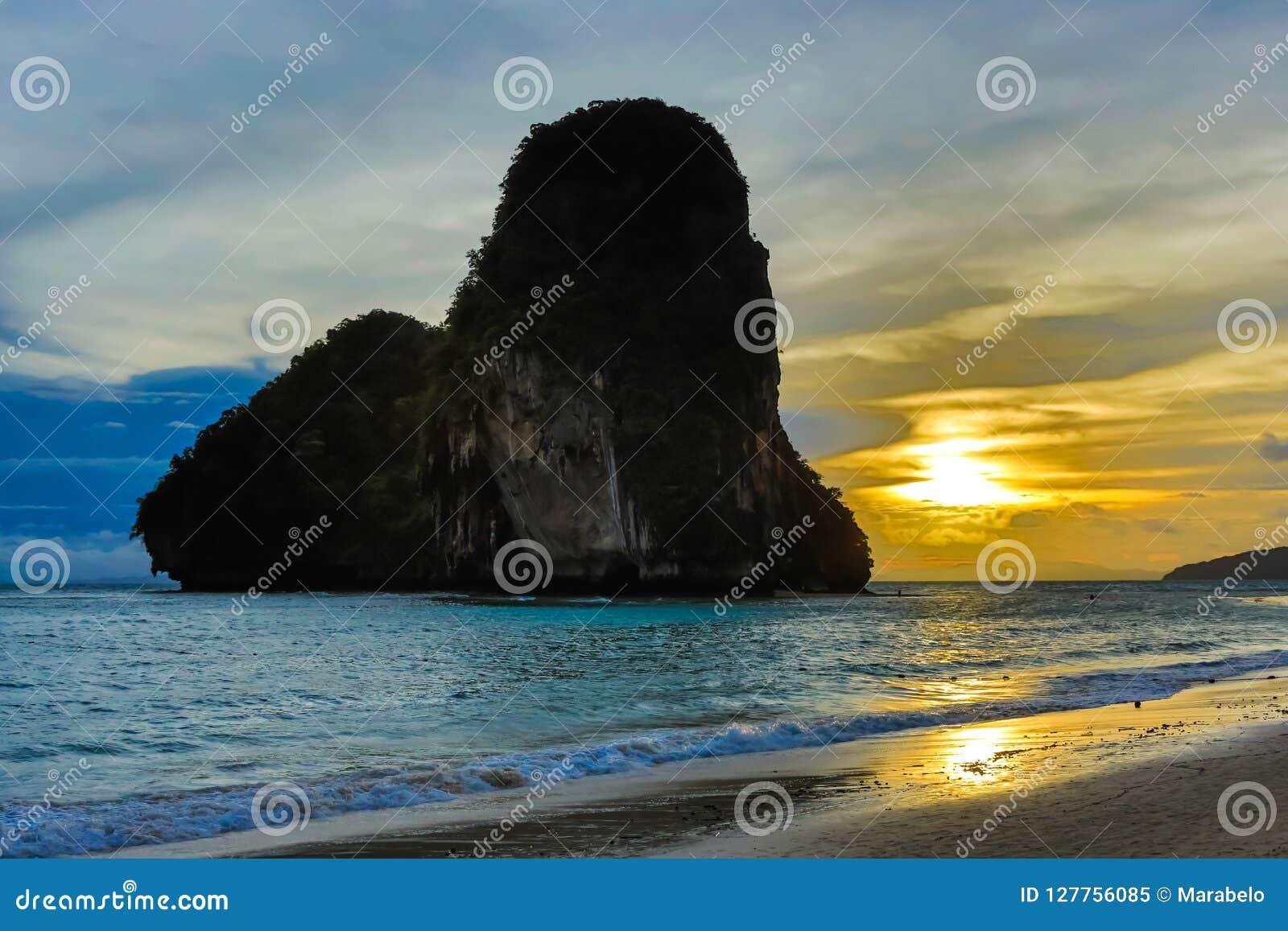 Railay strand i Krabi Thailand askfat