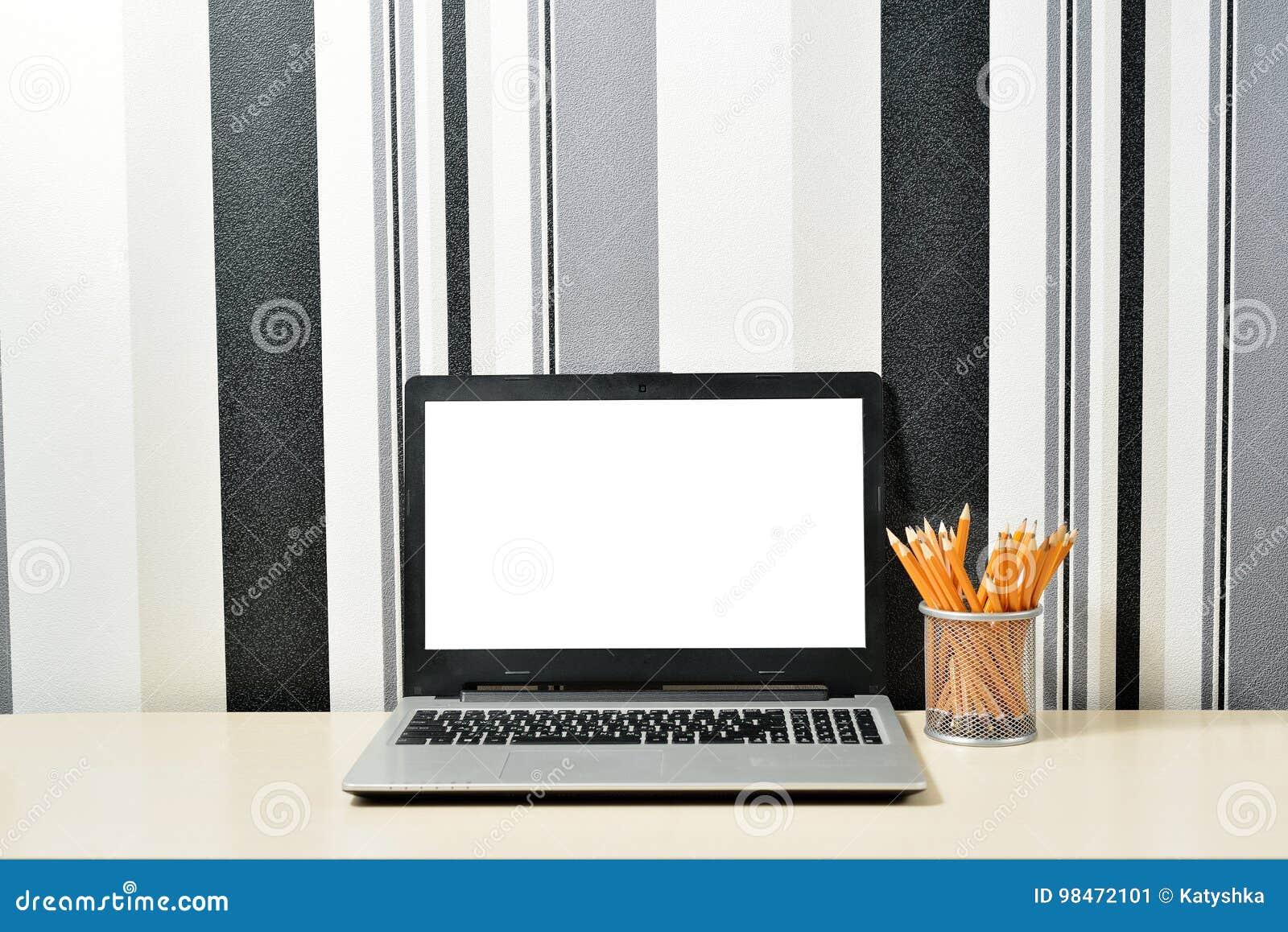 Petit bureau noir source d inspiration petit bureau pour