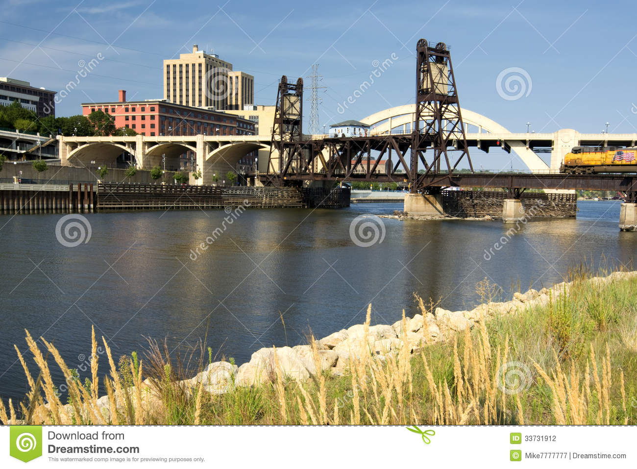 Railroad track and Robert Street Bridge. Downtown Saint Paul, Minnesota