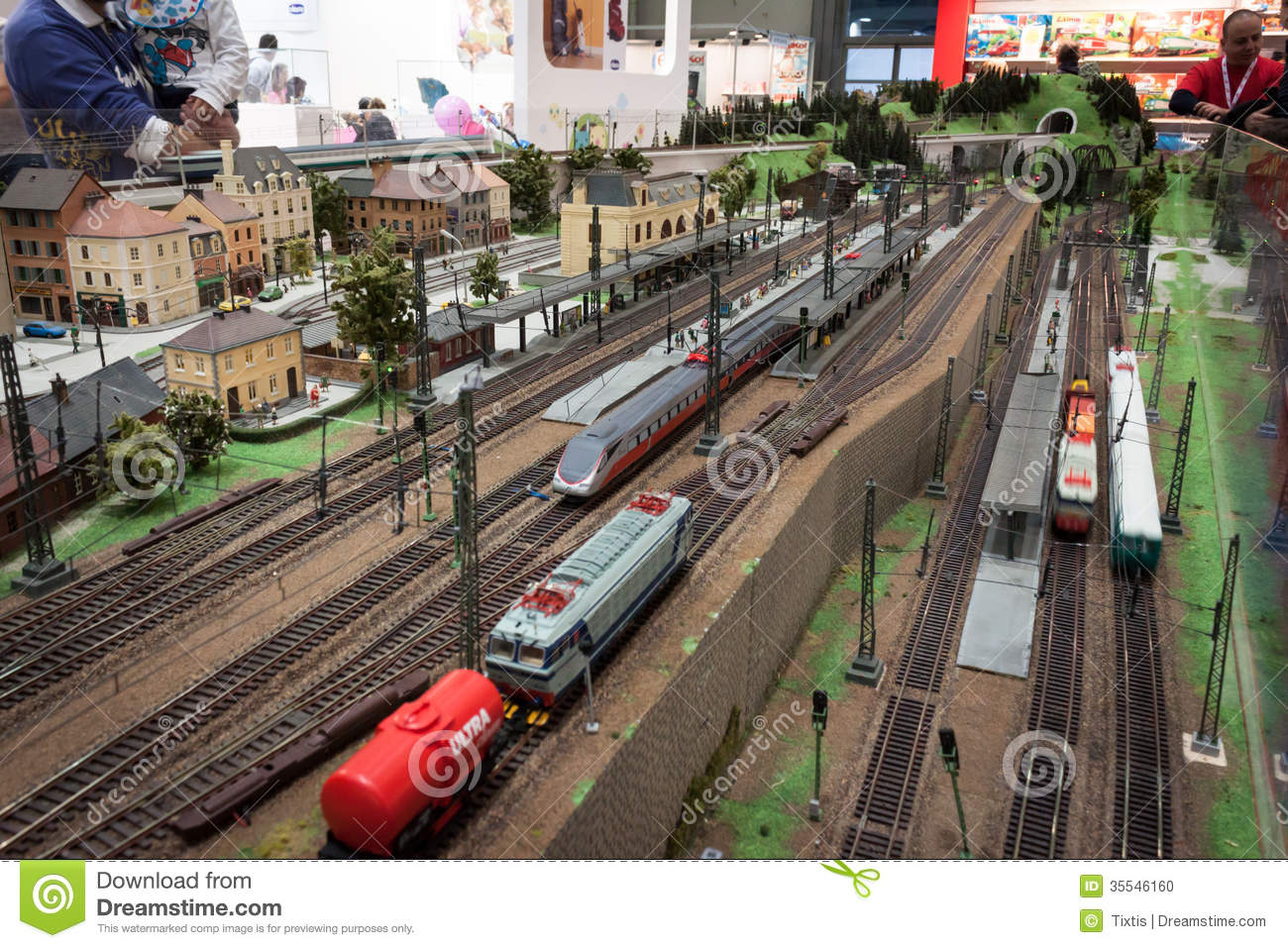 Exhibition Stand Entertainment : Railway diorama at g come giocare in milan italy
