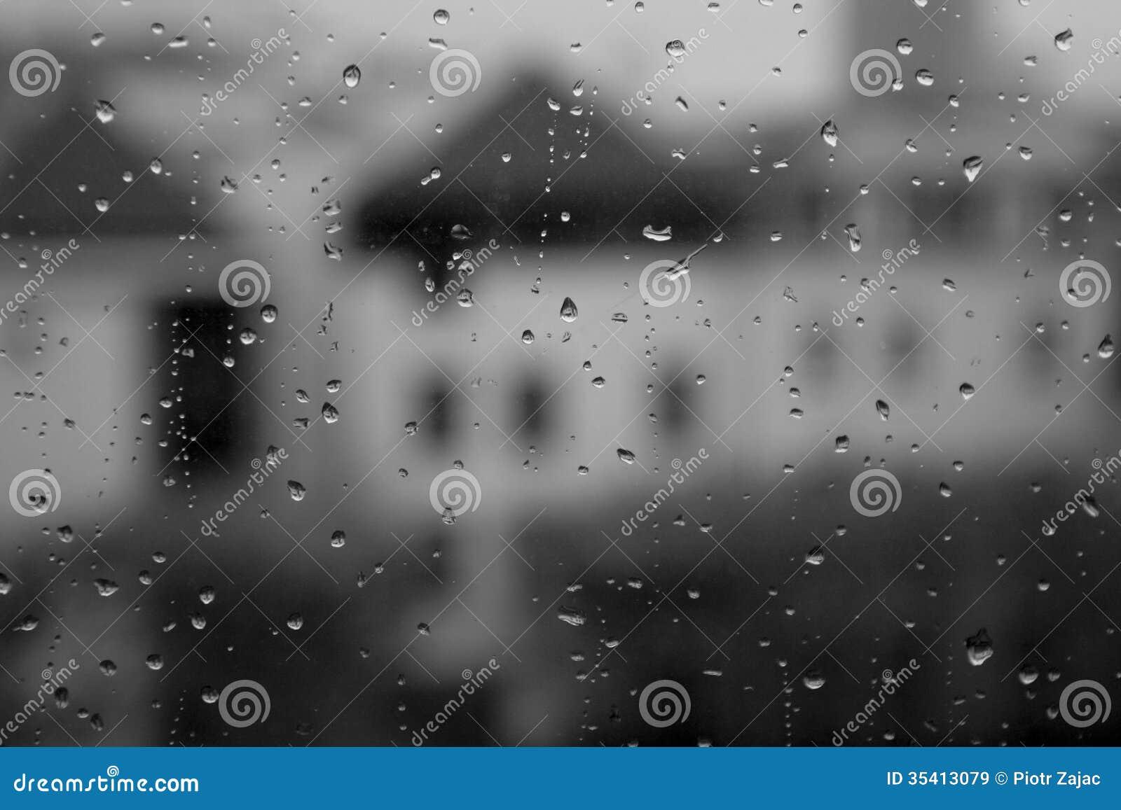 Single raindrop