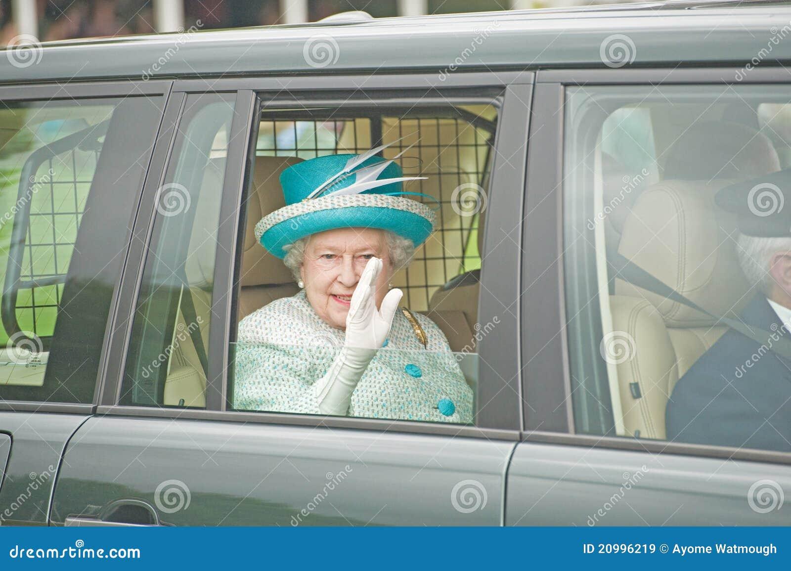 Rainha Elizabeth que deixa jogos de Braemar.