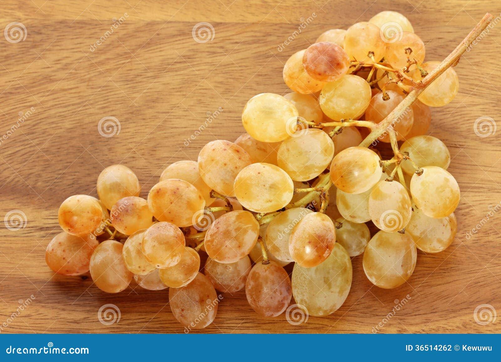 Raisins de cuve blanc jaunes d or uniques