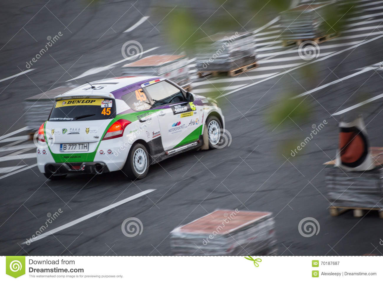 Is Race Car Driving An Extreme Sport