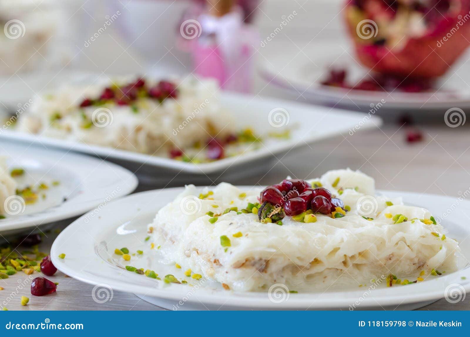 Ramadan Dessert Gullac tradicional