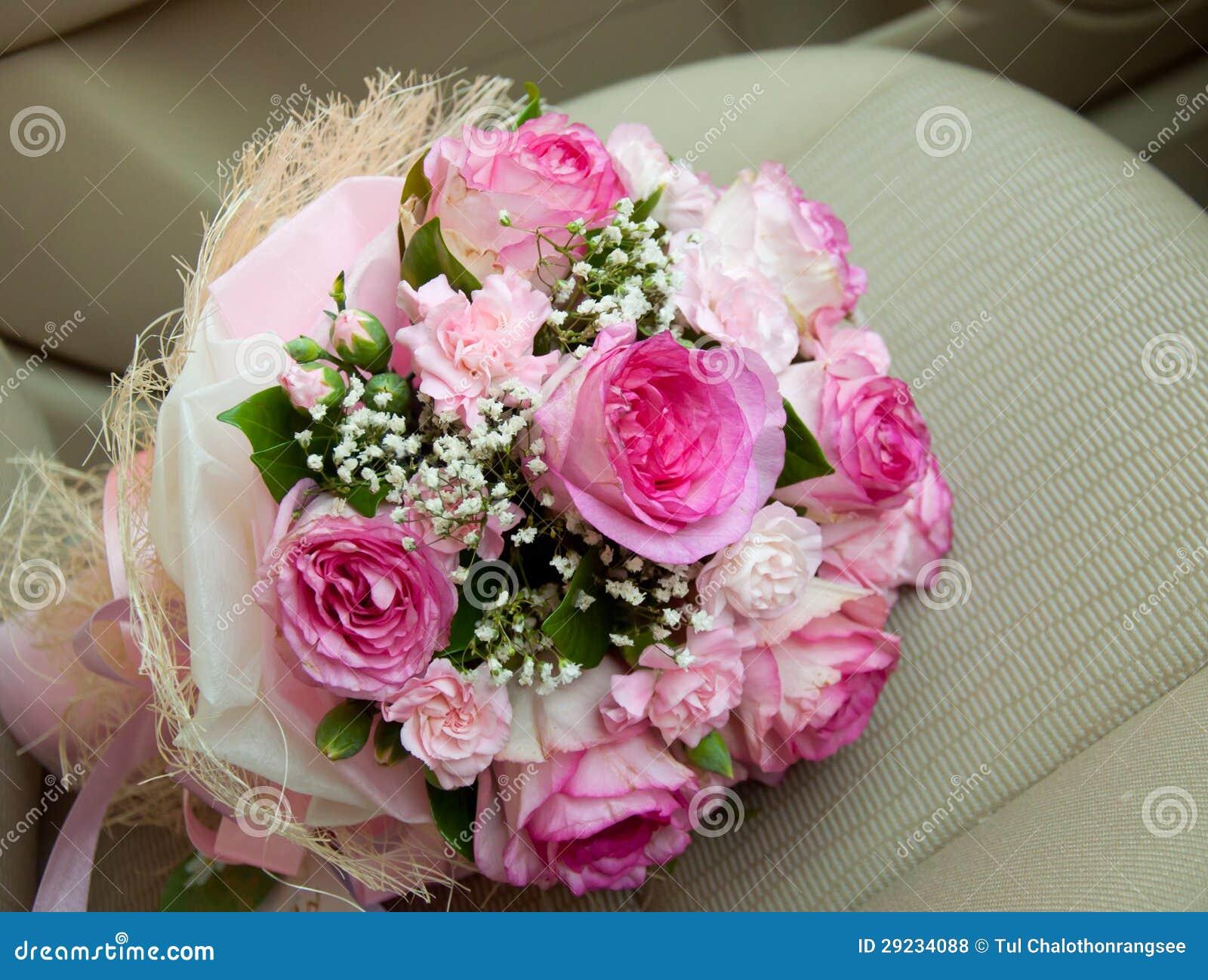 Download Ramalhete Cor-de-rosa Das Rosas Foto de Stock - Imagem de bonito, rosa: 29234088