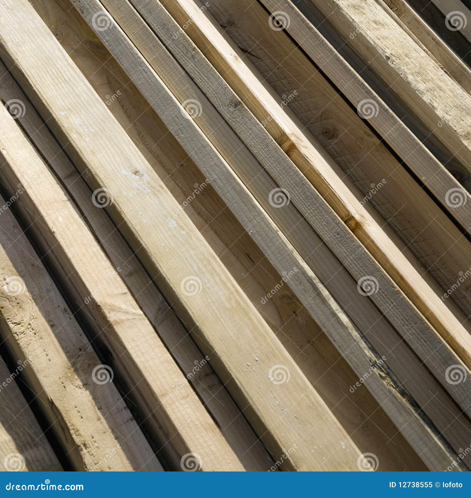 Ramassage De Bois De Charpente Image stock Image du ensoleillé, timbers 12738555 # Bois De Charpente En Ligne