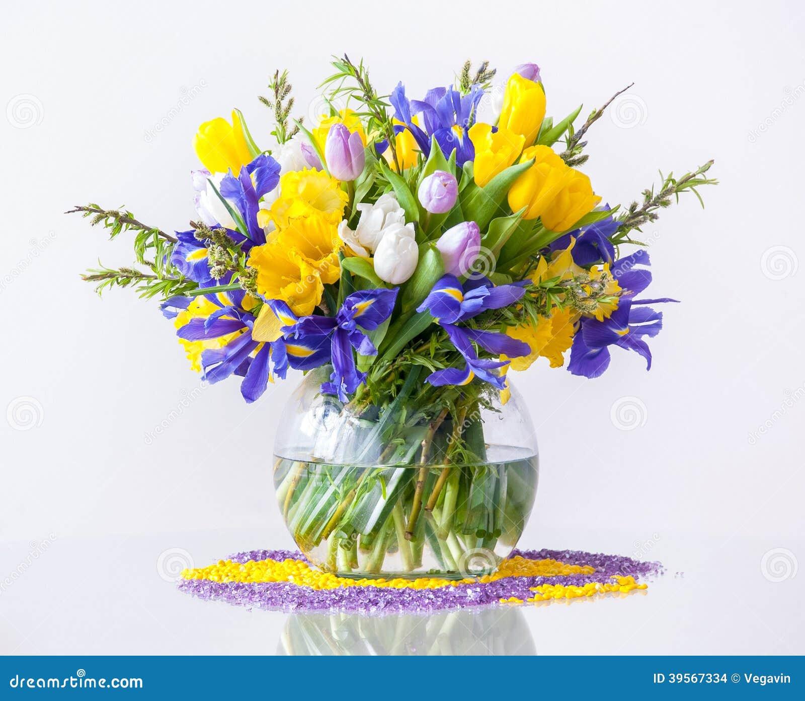 Ramo de flores de la primavera