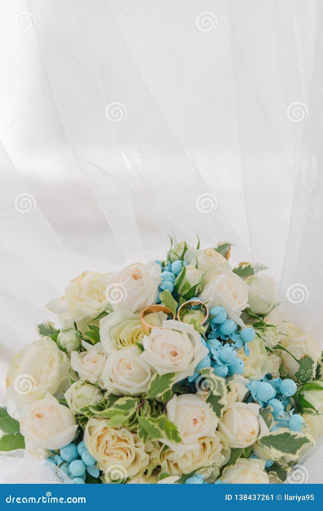 Ramo de flores El bride' ramo de s Ramo nupcial Floristics Anillos de bodas