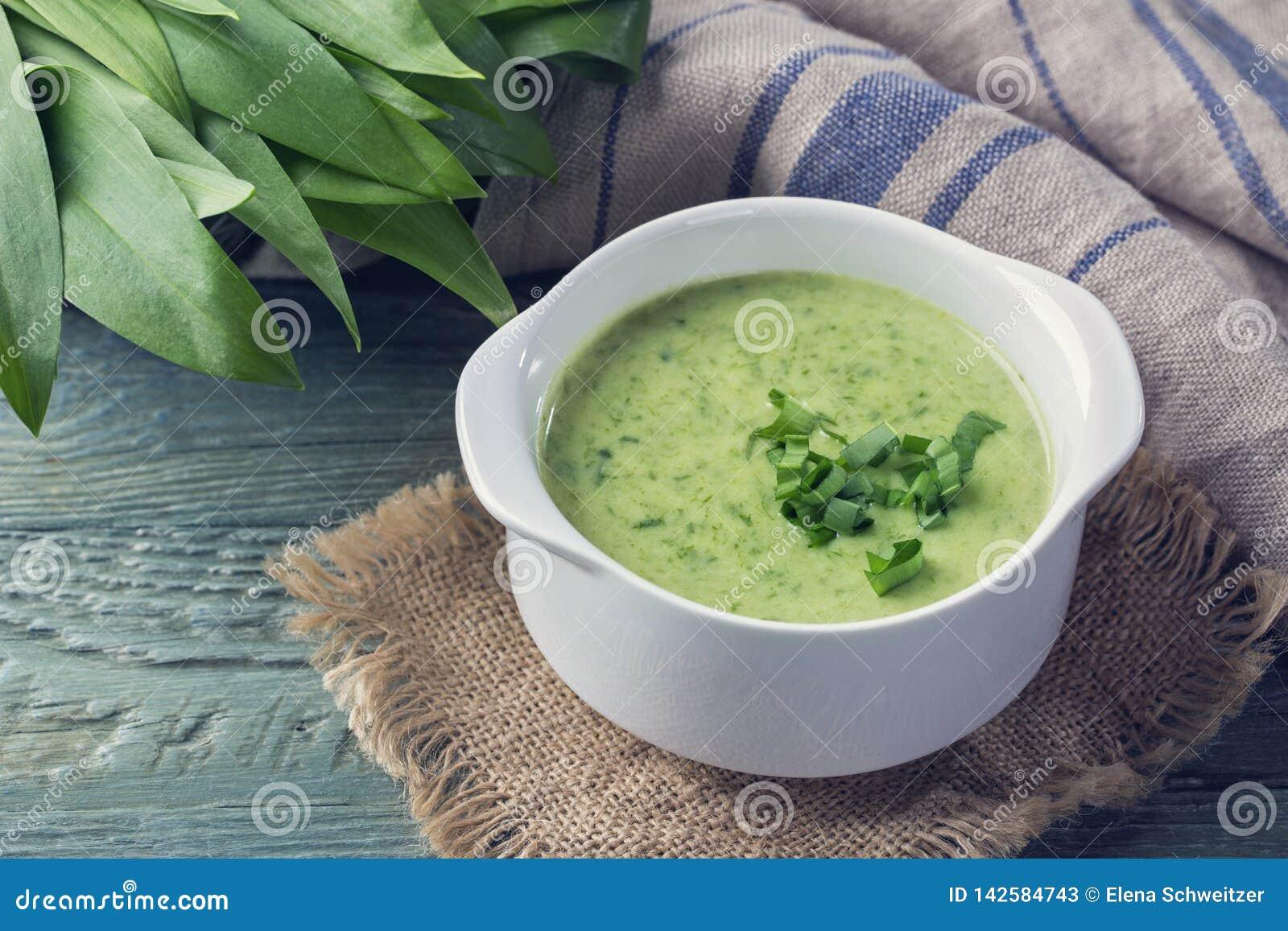 Ramsons cream soup