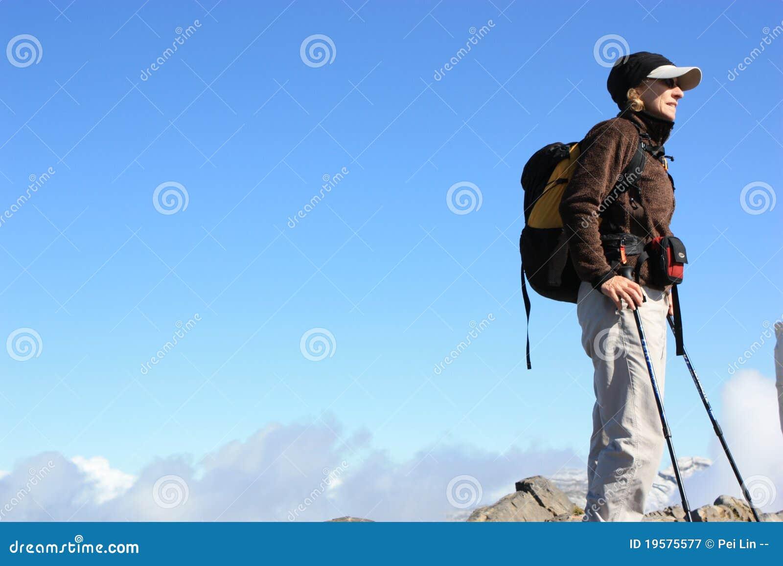 Randonneur sur les alpes suisses