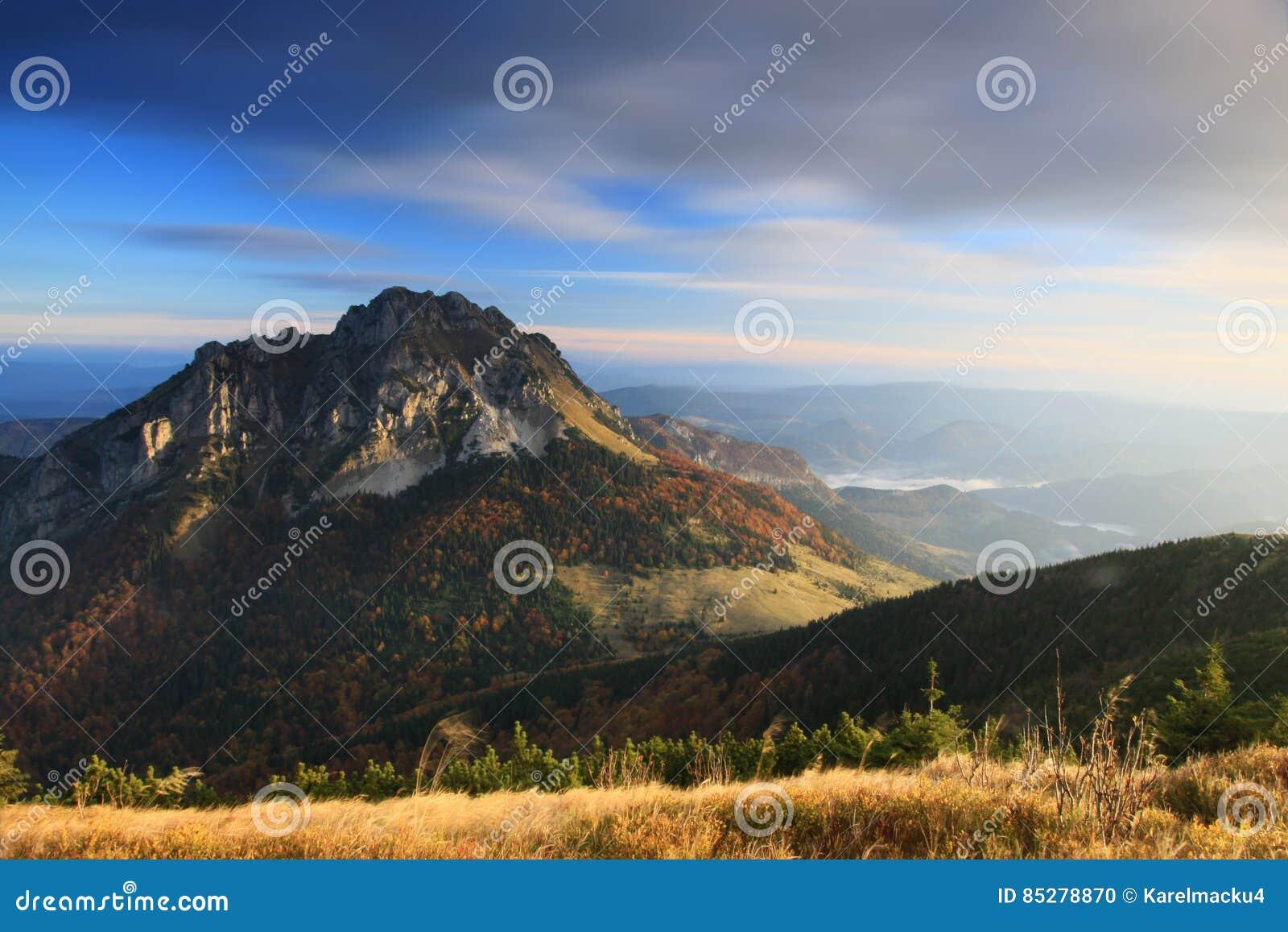 Ranek w Mala Fatra górach