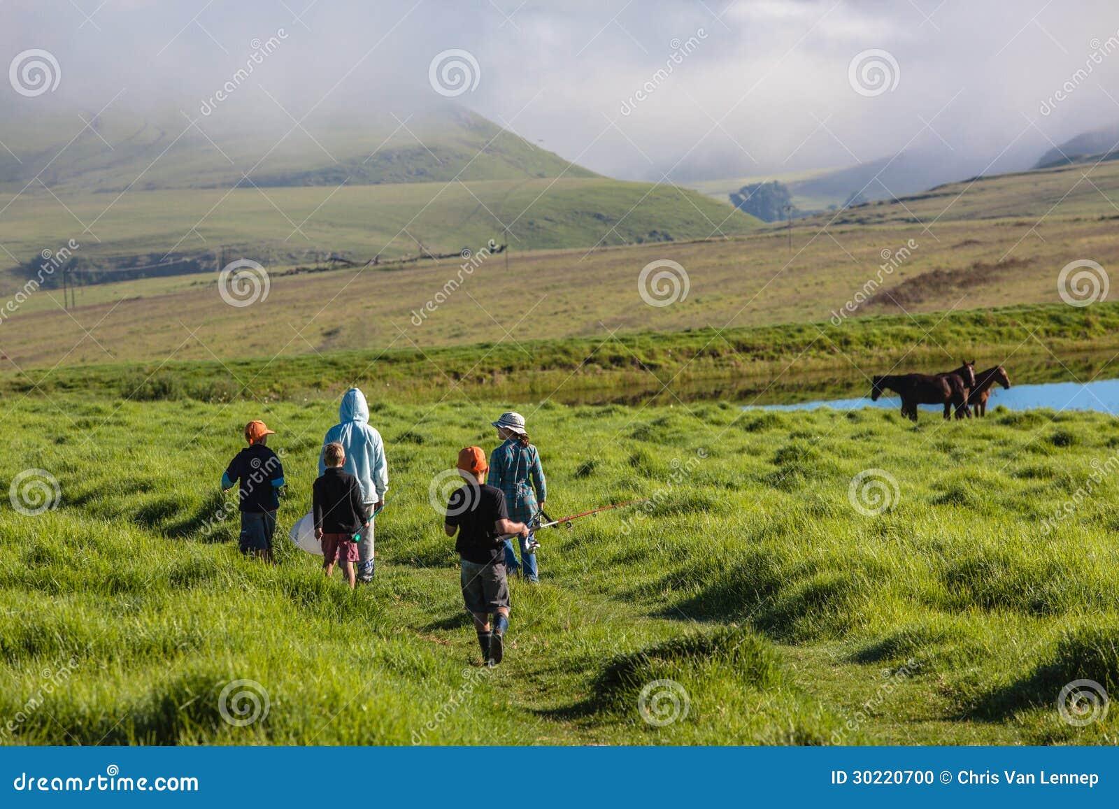 Góry Iść Łowiący dziecko