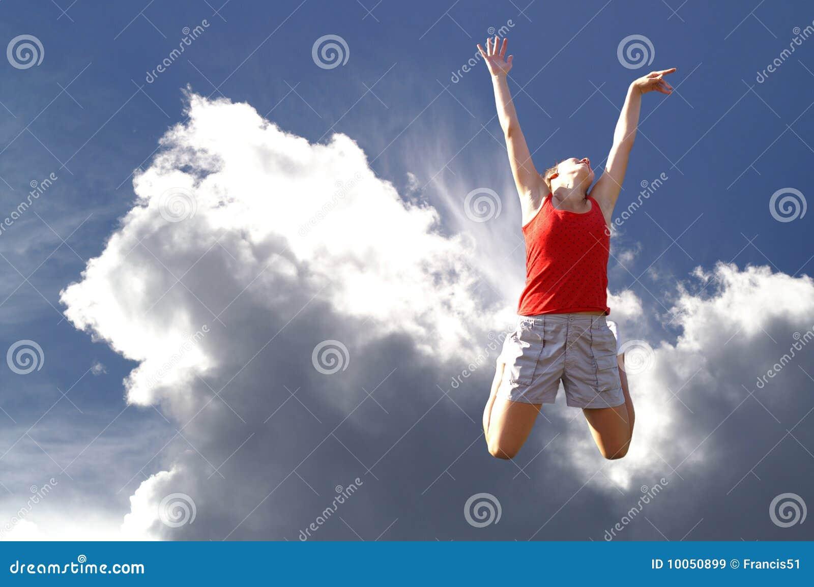 A rapariga que salta no céu