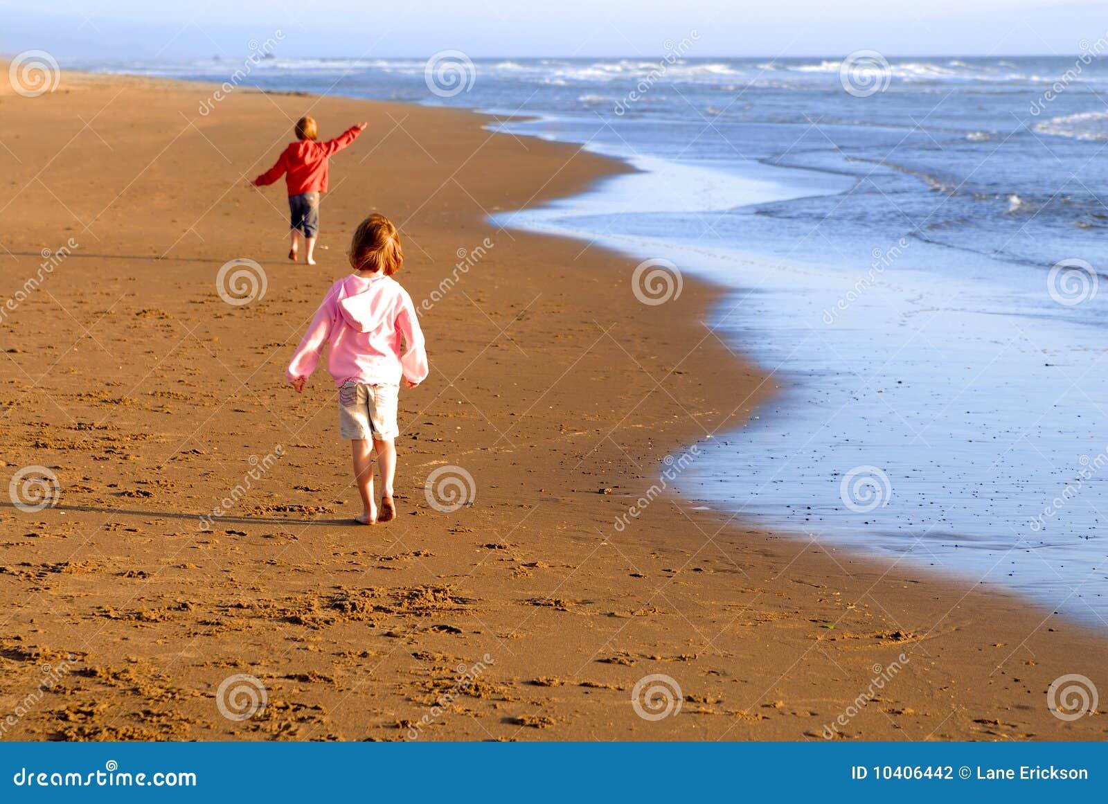 Raparigas na praia