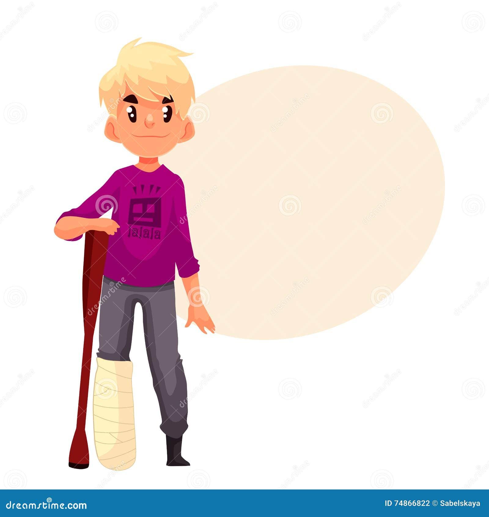 Rapaz pequeno com pé quebrado e uma muleta