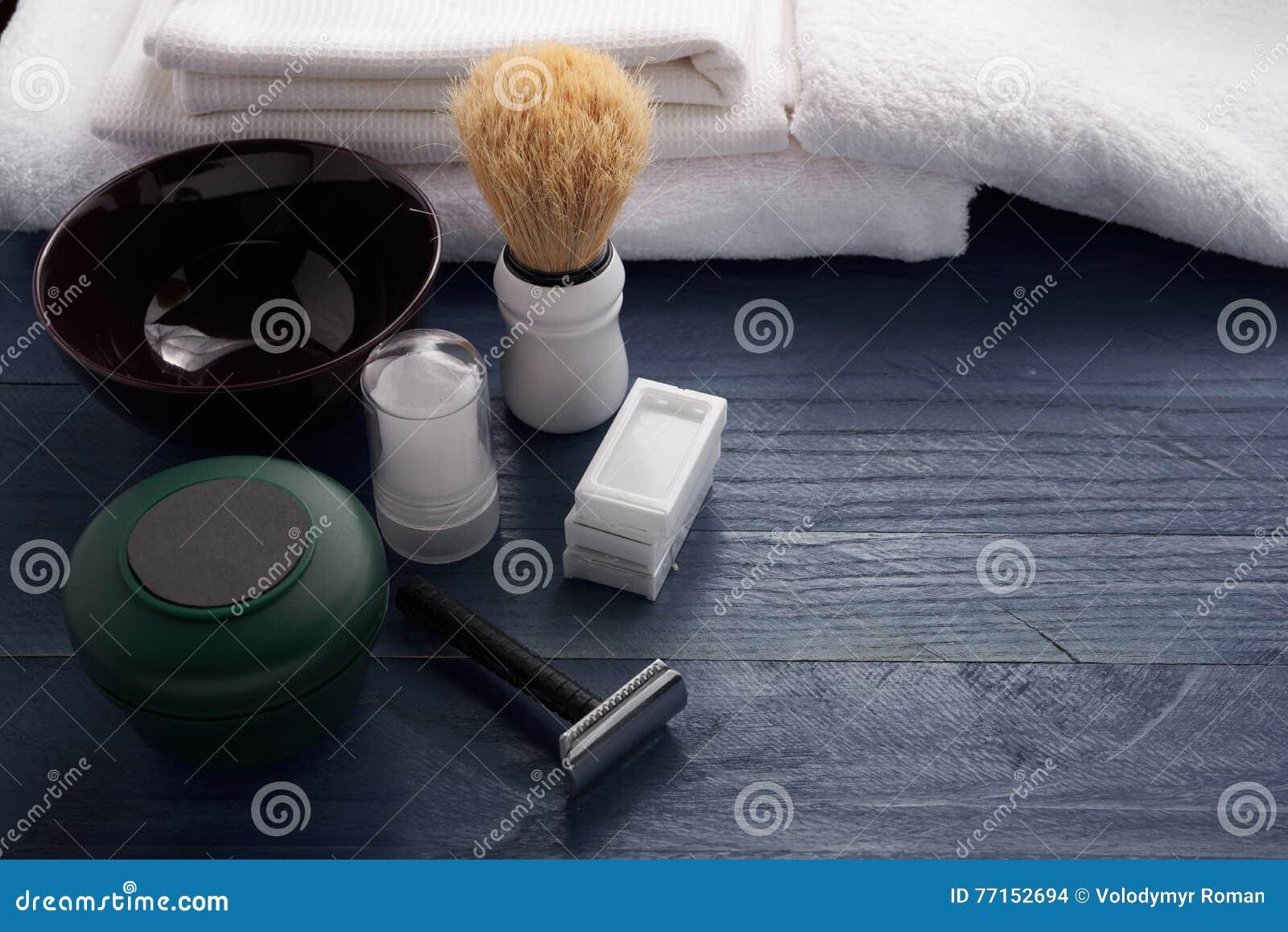 Rasage des accessoires sur la table