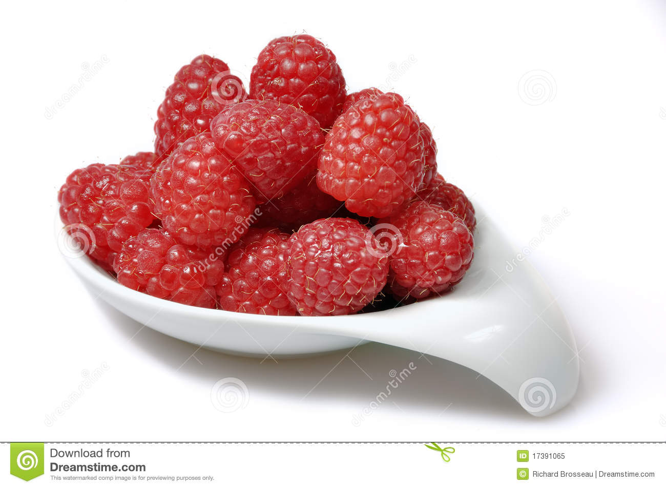 Rasberries in een schotel
