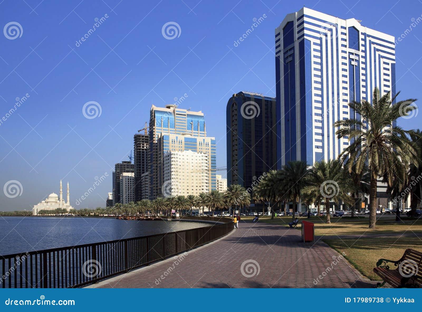 Rascacielos en Sharja.